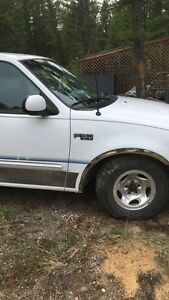 Ford F-150 parts truck