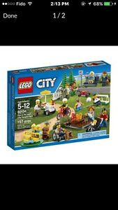 LEGO City Town - Community Pack (60134)