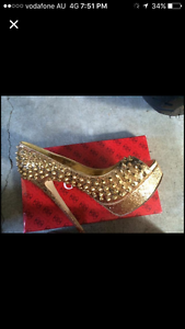 Stunning designer Steve Madden Shoes Mermaid Waters Gold Coast City Preview