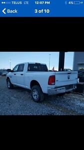 Wanted Dodge 2500 BOX