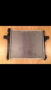 01-04 Jeep Grand Cherokee radiator