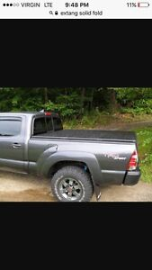 Extang Solid fold tonneau cover 6'