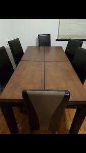 Dining Table (near new) Belfield Canterbury Area Preview