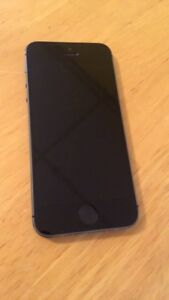 Iphone 5S 16G unlocked - excellent condition