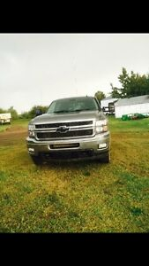 2011 Chevy 2500 Crew Cab For sale