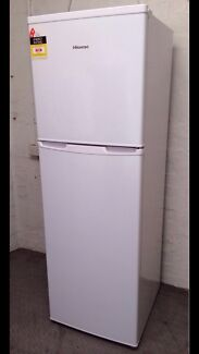 NEAR NEW HISENSE 270 litres in excellent condition / delivery extra  Reservoir Darebin Area Preview
