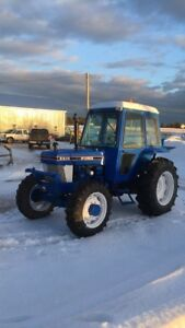Tractor 4wd Ford 5610 72 hp with loader