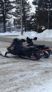 Looking for snowmobile!!