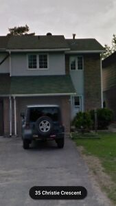 3 bedrooms + basement Barrie house avail July 1st