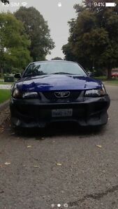 2004 mustang coupe v6 OBO