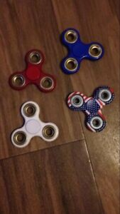 4 fidget spinners for sale