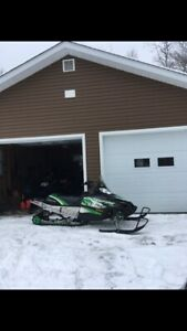 Immaculate! 2009 Arctic Cat Crossfire 800 141""