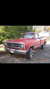 Looking for 86-93 dodge trucks