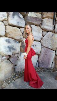 Formal dress / ball gown