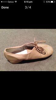 Bloch leather dance jazz shoes Size 5.5