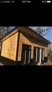 Modern tiny home/cottage/ instant air bnb