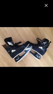 Flite elite hockey pro skates. Size 12, already broken in.