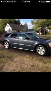 2007 Dodge Magnum SXT (fully loaded except leather)