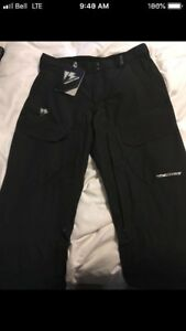 New Snowboard Pants Size XL Goretex