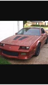 Looking for a 3rd gen camaro