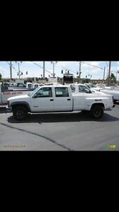 LOOKING for 1999 2000 gmc 3500