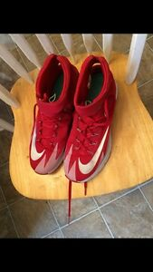 Like new nike basketball sneakers
