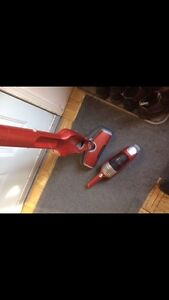 Electrolux stick vac with distbuster