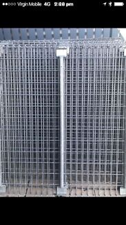 Galvanised dipped steal fencing
