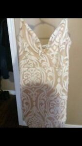 Selling Aritzia and other brand clothing