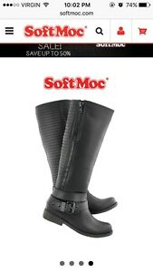 Black like new casual boot 50$  London Ontario image 1
