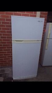 Great working351 liter GE fridge, can delivery at extra fee   it Mont Albert Whitehorse Area Preview