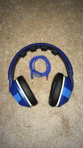 Skullcandy Crushers headphones