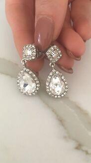 Stunning Diamonte Drop Earrings