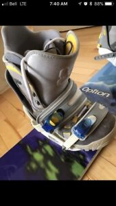 Option snowboard with Burton boots and bindings