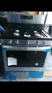 NEW!!!!!! Whirlpool gas stove