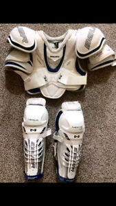 Mens JR LRG Hockey Gear