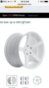 Looking for white mustang GT rims Windsor Region Ontario image 1