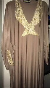 Islamic wear (only few items remaining)