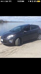 2013 FORD FIESTA FOR SALE!!!!!