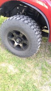 "Fuel rims and 35"" tires"