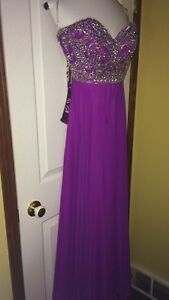 Selling escort dress 250$ OBO