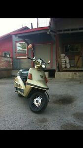 Yamaha Riva 180cc + complete part scooter