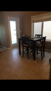 5 BEDROOMS CREW HOUSE FULLY FURNISHED/UTILITIES INCLUDED