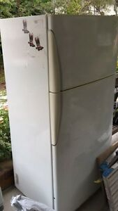 Westinghouse fridge/freezer good working order East Kempsey Kempsey Area Preview