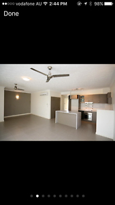 Room for rent with own bathroom Rosslea Townsville City Preview