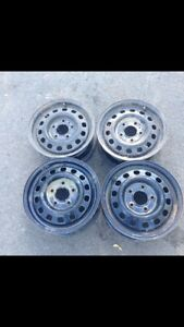 1993 Oldsmobile cierra 14 inch rims (will fit other models)