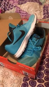 Athletic clothing & shoes