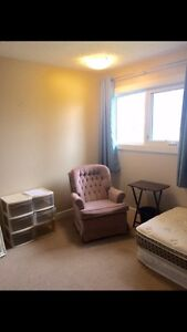 Subletter wanted/Furnished room available West Lethbridge
