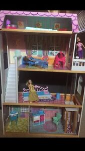HUGE WOOD BARBIE DOLL HOUSE WITH BARBIES AND FURNITURE