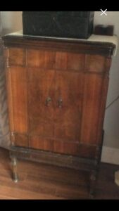 Antique Cabinet for bar was an  old Radio